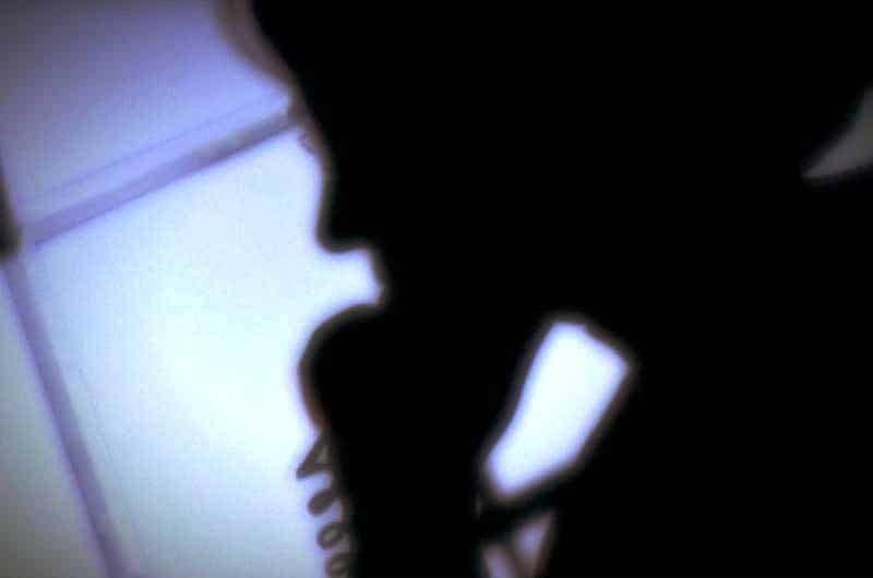 Zapobiegaj oszustwom telefonicznym i oszustwom
